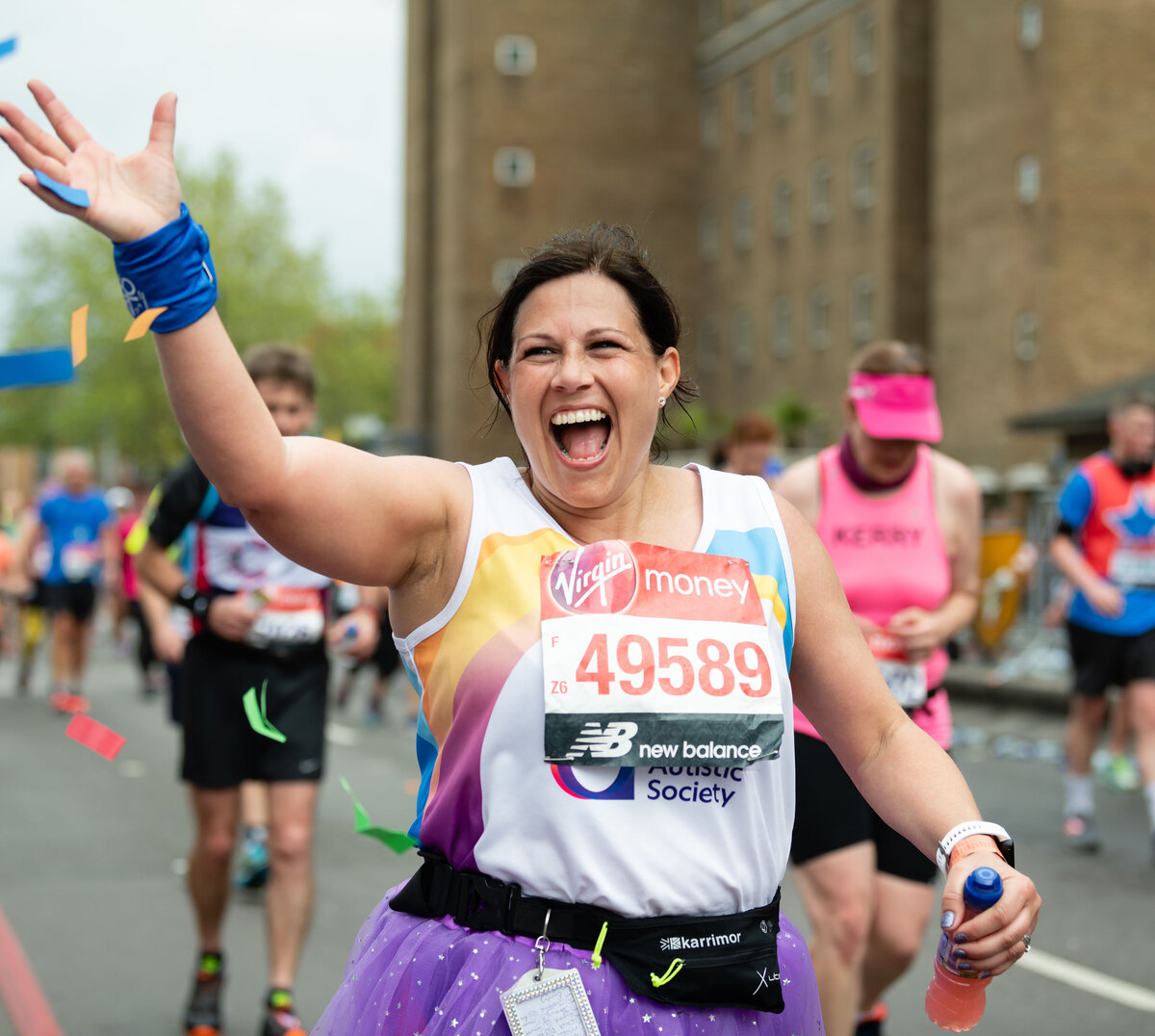 Congratulations to all #TeamAutism runners who did a fantastic job yesterday raising money for the National Autistic Society at the London Marathon! // Photos by www.sportsphotographer.co.uk   @sportsphotographyuk